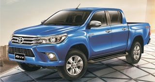 ToyotaHiluxFront.jpg